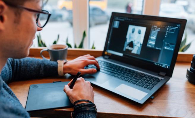 Importancia diseñador grafico en las empresas.Top-Position